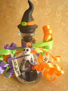 Halloween bottle by Marie Segal *